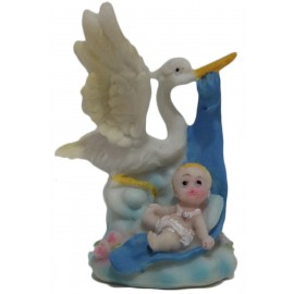 Cegonha com menino 8,5 cm batizado