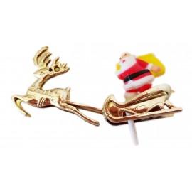 Pai Natal com rena e trenó dourado