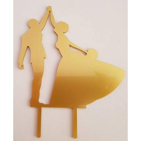 Topo de bolo em dourado silhueta Noivos a dançar
