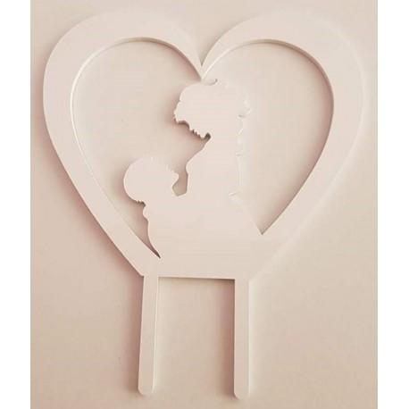 Topo de bolo em branco coração com silhueta casal