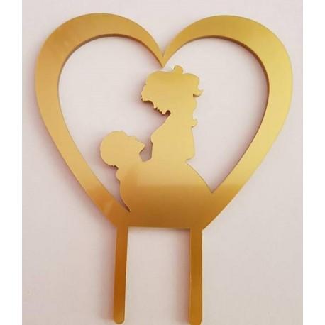 Topo de bolo em dourado coração com silhueta casal