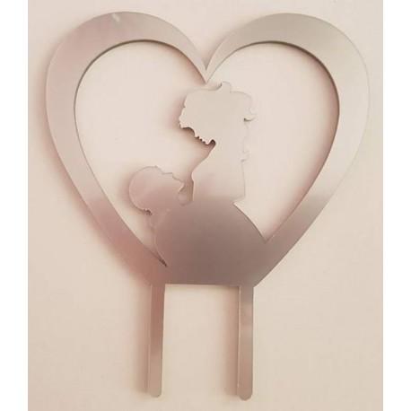Topo de bolo em prata coração com silhueta casal