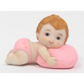 Menina deitado com almofada 7,5 cm