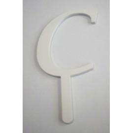 Letra C em acrílico com 5,5 cms altura
