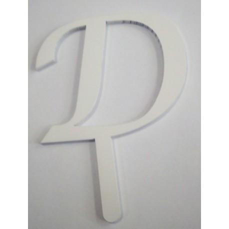 Letra D em acrílico com 5,5 cms altura
