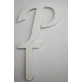 Letra P em acrílico com 5,5 cms altura