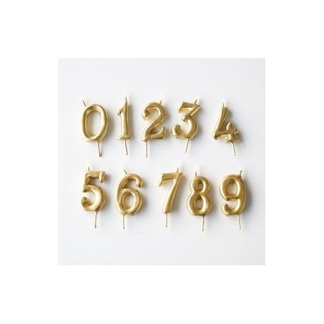 Vela dourada nº 9 com 6 cms