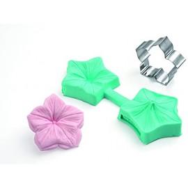 Molde com cortante flor petunia 3D Silikomart