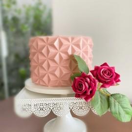 Folha de acetato para chocolate Origami cake piramidal com 50x11 cms